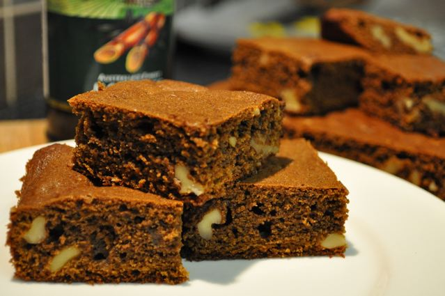 Molasses & Walnut Brownies