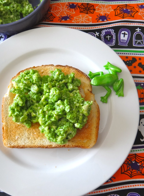 Green Scrambled Eggs (Cholorphyll Paste)