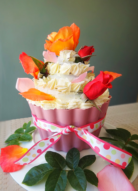 Giant Cupcake Trifle